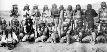 Die Indianer in Nordamerika - Häuptlinge der Cheyenne  Die Indianer in...